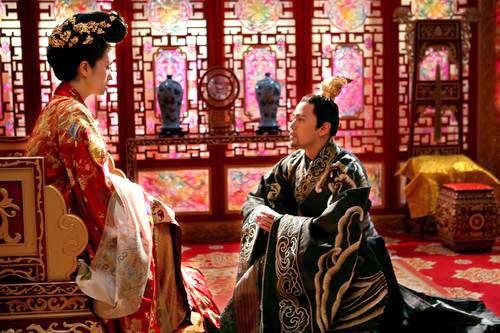 Jay Chou Knee to Gong Li