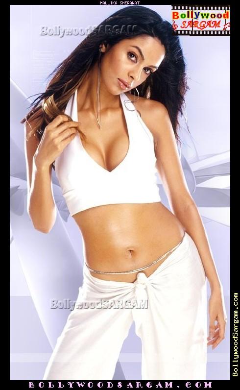 mallika_sherawat_bollywoodsargam_talking_514019.jpg