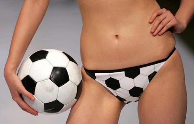 underwear-show2.jpg