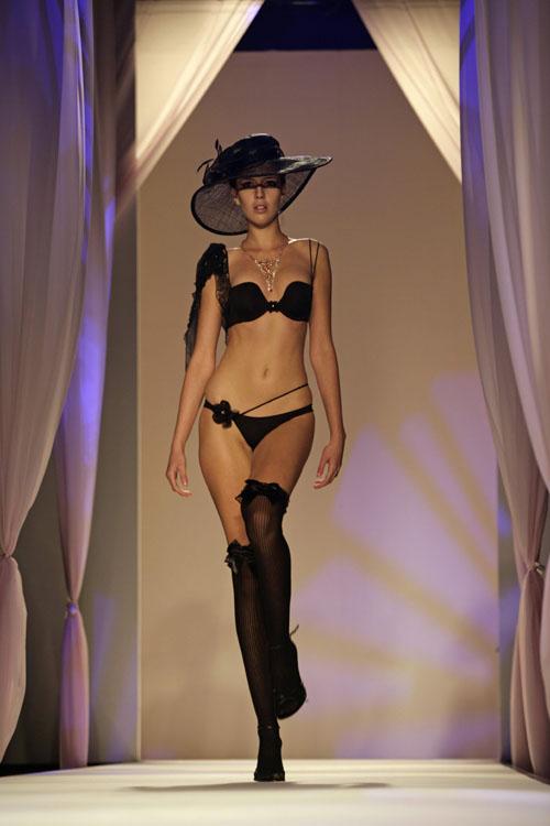 underwear-show8.jpg