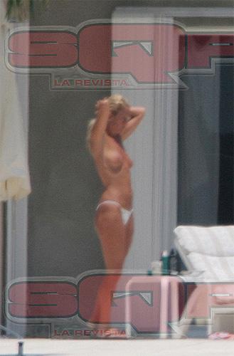 Photos Argentine Wife Nude 67