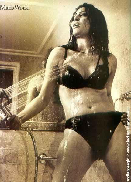 laila_rouass_in_bikini_4.jpg