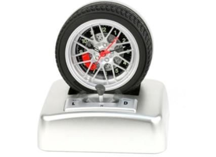 the-car-wheel-alarm-clock-with-gear-stick.jpg